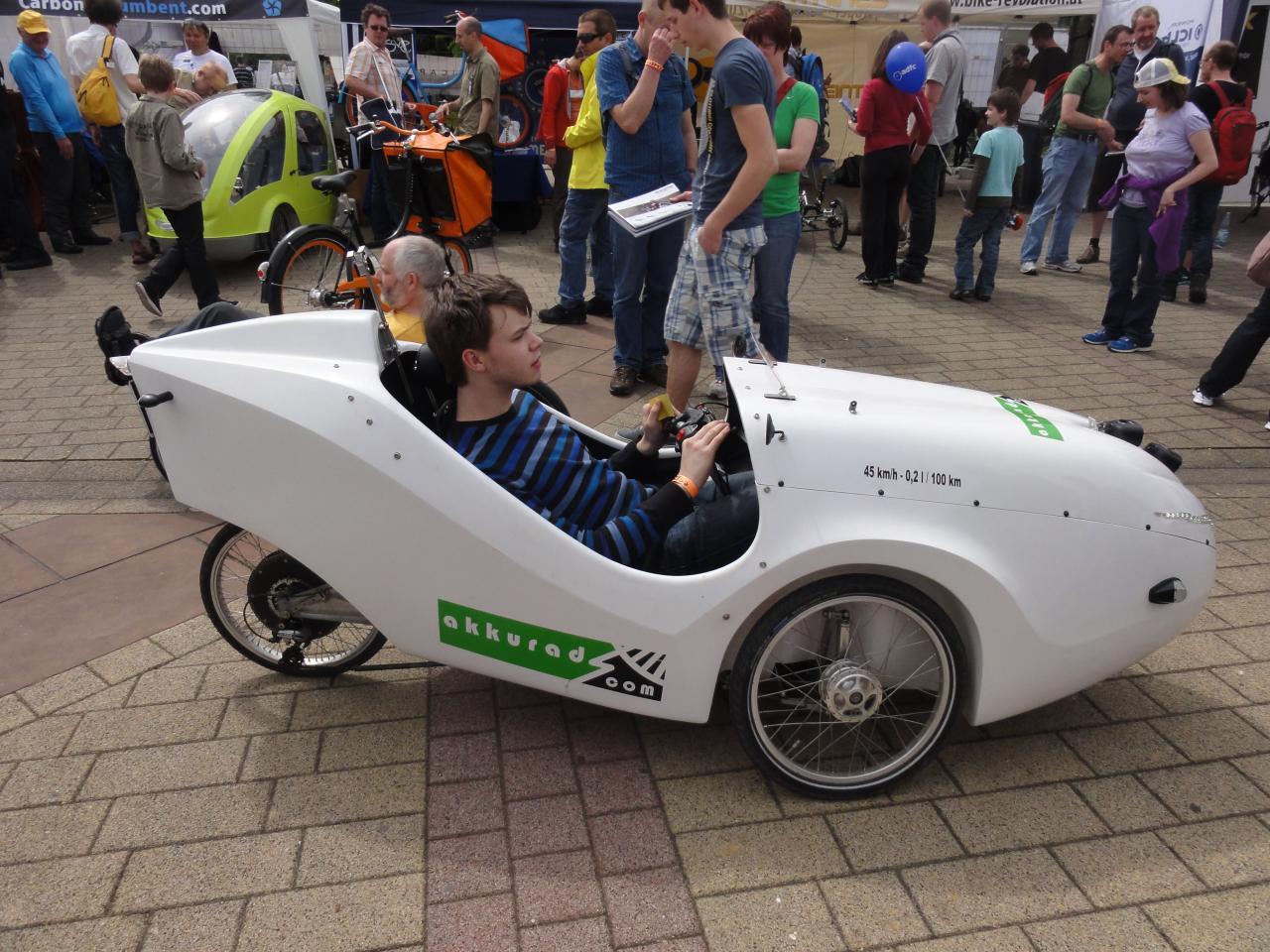 Vélomobile A6 motorisé
